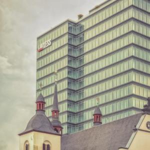 Lanxess Tower / Alt St. Heribert